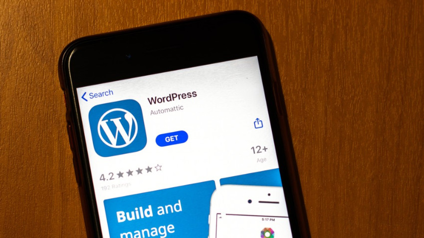 Apple tried to force WordPress to start selling premium plans. Source: Review Geek