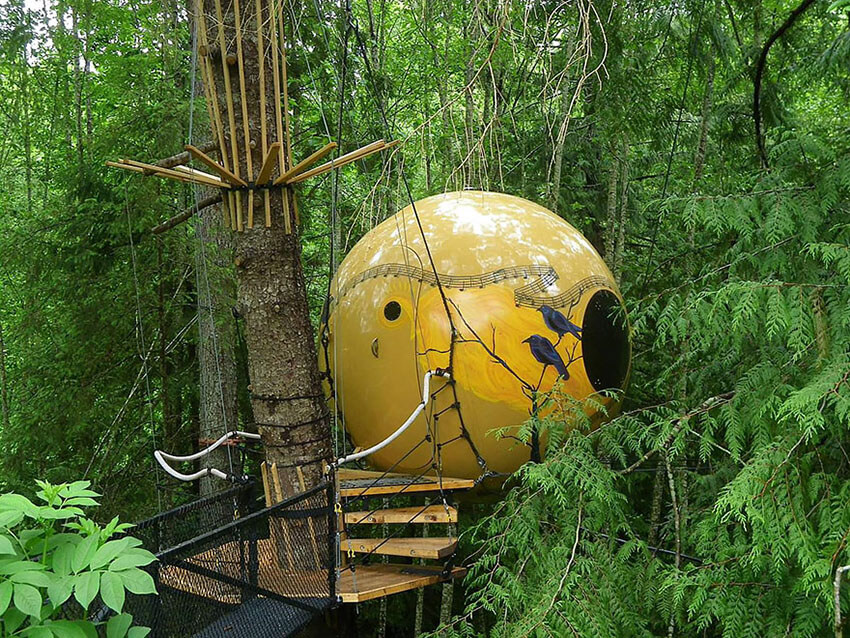 Spherical Treehouses, Canada