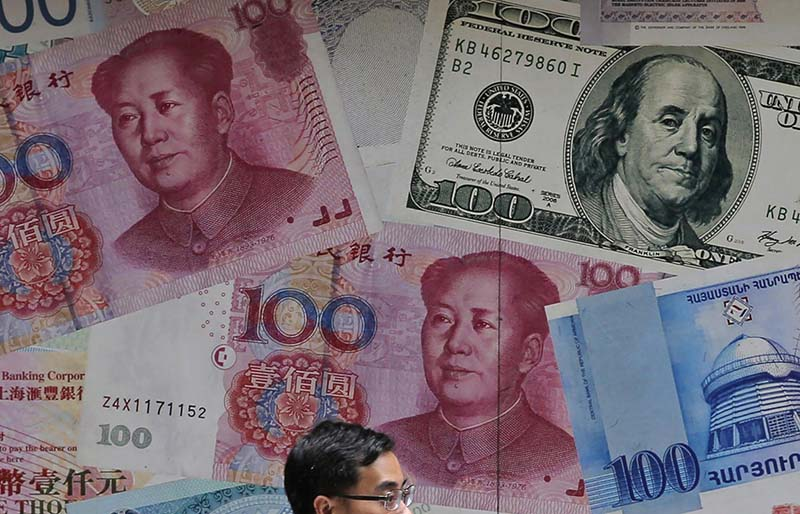 us is accusing china and manipulating currency